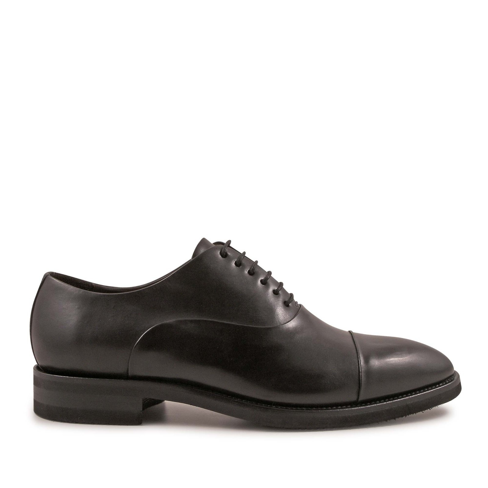 chaussures lacets fait la main en cuir de veau noir italian boutique. Black Bedroom Furniture Sets. Home Design Ideas